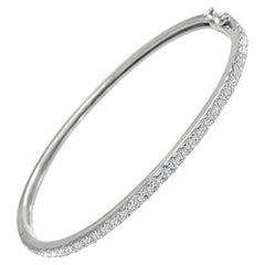 1.05 Carat GVS Diamond Bangle in 18 Karat White Gold