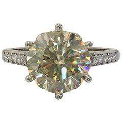 1.59 Carat Yellow Round Brilliant Cut Diamond Engagement Ring in 18 Carat Gold