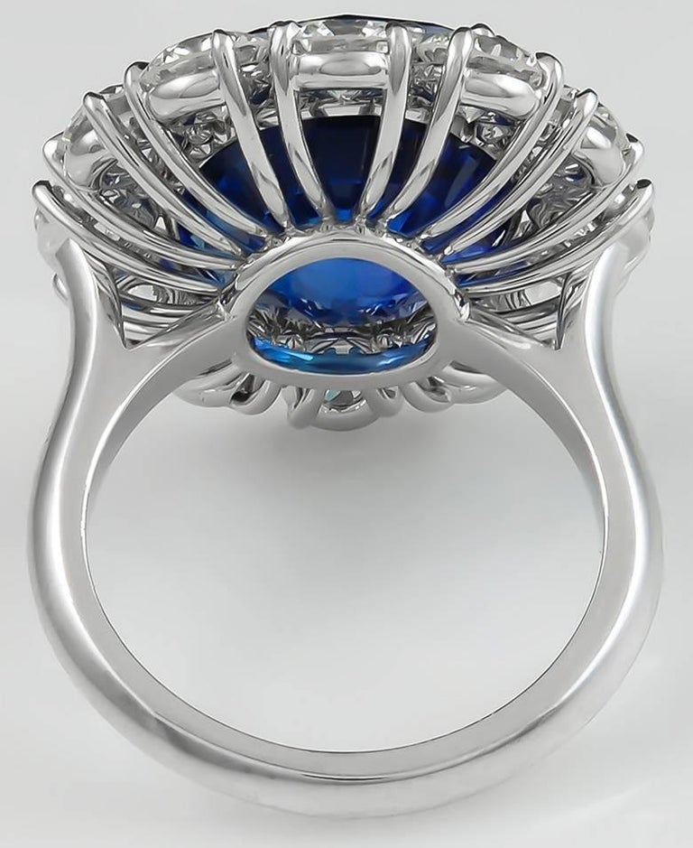 16.80 Carat Platinum Cushion Cut Sapphire and Diamond Engagement Ring In Good Condition For Sale In New York, NY