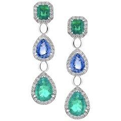 18 Karat Gold 5.4 Carat Emerald and 3.93 Carat Blue Sapphire Diamond Earrings