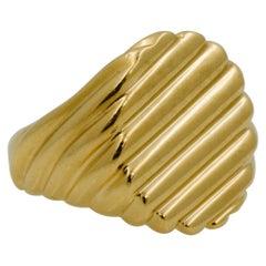 18 Karat Yellow Gold Men's Ridged Ring