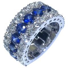18 Karat White Gold Blue Sapphire White Diamond Band Ring
