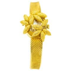 1960s Kurz Floral Flower Covered 18 Karat Yellow Gold Ladies Wristwatch Bracelet