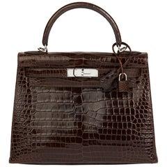 2011 Hermès  Chocolate Brown Shiny Porosus Crocodile Leather Kelly 28cm Sellier