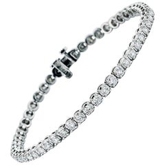 3.93 Carat Diamond Line Tennis Bracelet, in 18 Karat White Gold