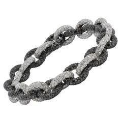 45 Carat, 2184 Brilliant Cut Black And White Diamonds, 18 Karat Golden, Bracelet