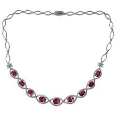 18 Karat Gold Natural Tourmaline Necklace with Diamonds