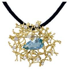 Alan Gard, London, 1968, Aquamarine, Diamond and Gold Wire Work Brooch-Pendant