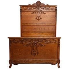 Antique R. J. Horner Carved High Back Acanthus Carved Oak Full Size Bed