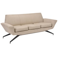Italian Mid-Century Modern sofa with black Metal base by Lenzi