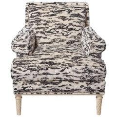 Schumacher Jansen Serengeti Tigre Blanc Chenille Maplewood-Legged Sock Arm Chair