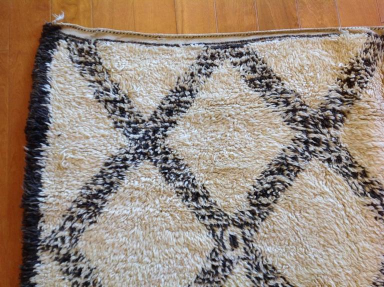 Vintage Moroccan Rug For Sale 1