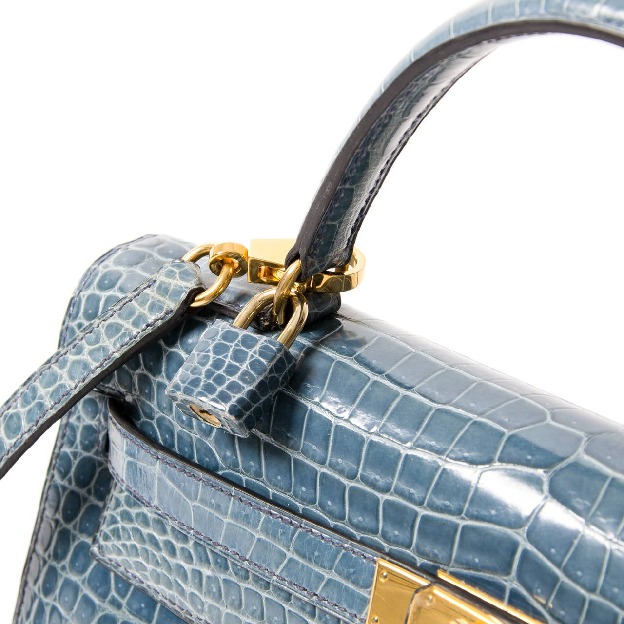 Rare Hermes Blue Jean Porosus Crocodile 32 Kelly GHW In Excellent Condition For Sale In Antwerp, BE