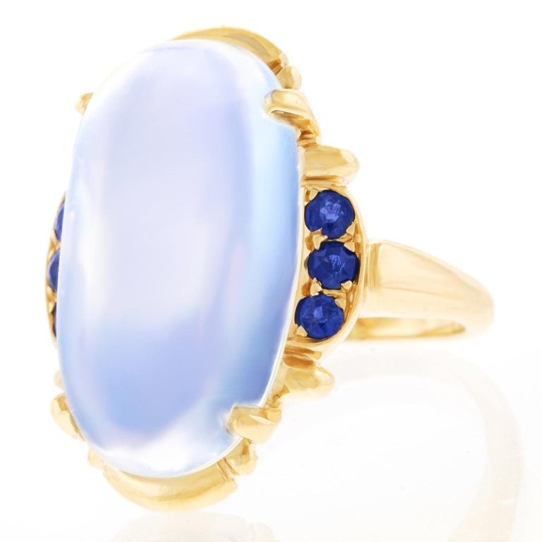 Art Deco Tiffany & Co. Moonstone and Sapphire-Set Gold Ring In Excellent Condition For Sale In Litchfield, CT