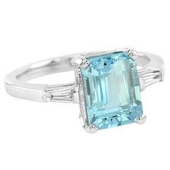 Baguette Aquamarine Diamond 18 Karat White Gold Ring