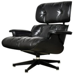 Black Leather Lounge Chair by Charles & Ray Eames, 1970s