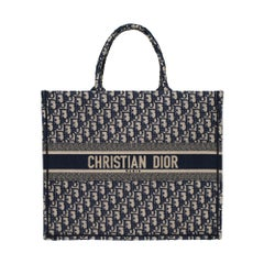 Brand New Christian Dior Book Tote bag GM in blue Monogram canvas