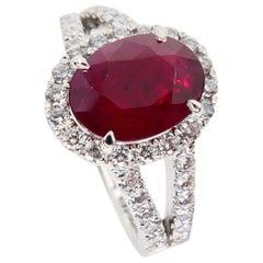 Burma Ruby 2.56 Carat and Diamond Cocktail Ring, 18 Karat White Gold