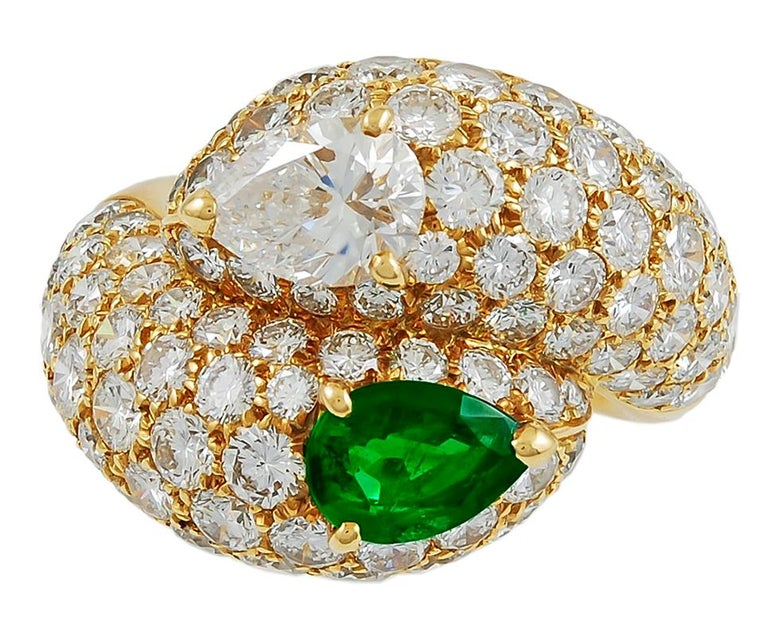 Women's Cartier Pear-Shaped Diamond, Emerald Ring For Sale