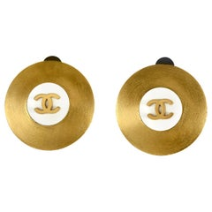 Chanel Brushed Gold CC Vintage Clip On Earrings