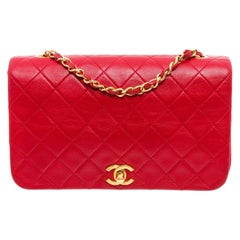 Chanel Vintage Red Lambskin Leather CC Flap Shoulder Bag