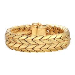 CINER Gold Double Chevron Soft Bracelet