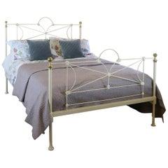 Cream Antique Bed MK190