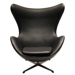 Egg, Model 3316, Black Leather by Arne Jacobsen and Fritz Hansen, 1960s