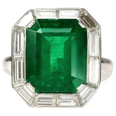 Emerald Cut 13.48 Carat Gübelin Cert Zambian Emerald Diamond Ring