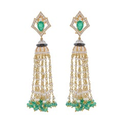 Emerald Diamond Pearl 18 Karat Yellow Gold Tassel Earring