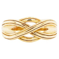 Gold Celtic Knot Men's Ring, 14 Karat Yellow Gold Celtic Trinity Knot Band