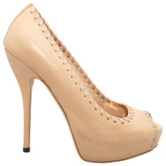 Gucci Nude Leather Whipstitched Platform Pumps