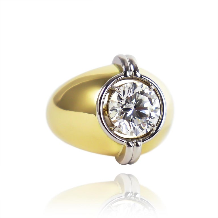 Contemporary Harry Winston GIA Certified 3.01 Carat Brilliant Round Solitaire Two-Tone Ring For Sale