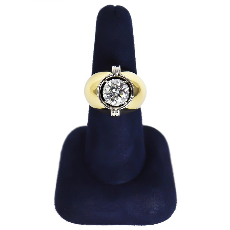 Round Cut Harry Winston GIA Certified 3.01 Carat Brilliant Round Solitaire Two-Tone Ring For Sale