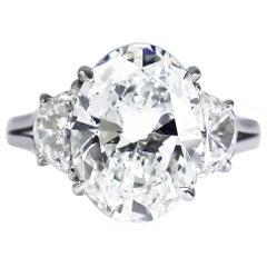 Harry Winston GIA Certified 5.01 Carat E VS1 Oval Brilliant Diamond Ring