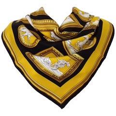 Hermès Silk Scarf WEDGWOOD Ledoux Black Yellow Gold White 90 cm