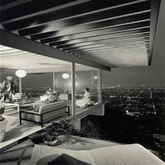 The Stahl Case Study House #22, Two Girls. Los Angeles. Architect: Pierre Koenig