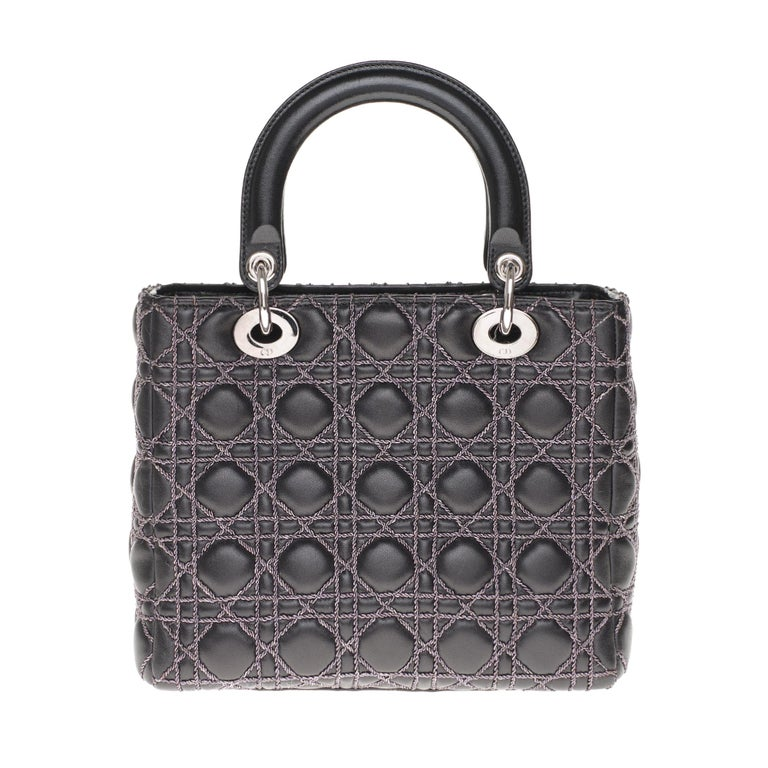 Limited Edition-Christian Dior Lady Dior MM handbag in black cannage leather In Excellent Condition For Sale In Paris, Paris