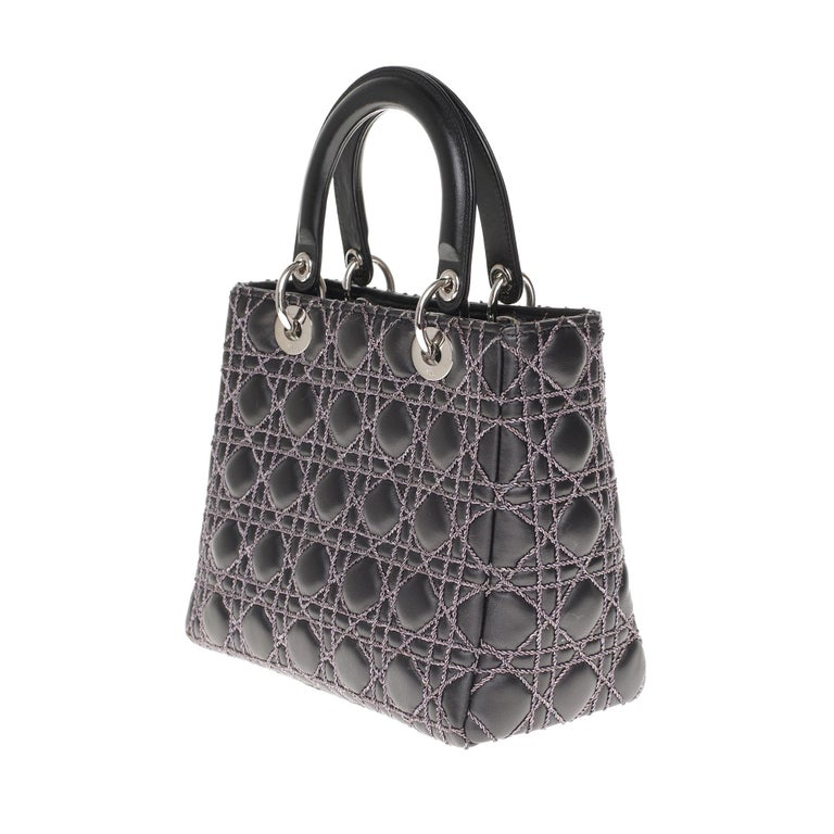 Limited Edition-Christian Dior Lady Dior MM handbag in black cannage leather For Sale 1