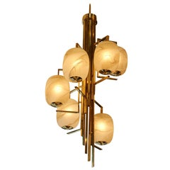 Long Spiral Chandelier in Brass and Murano Glass Globes Looking like Alabaster