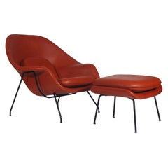 Mid-Century Modern Womb Chair and Ottoman by Eero Saarinen for Knoll in Leather
