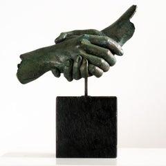 Friendship - Miguel Guía Realism Bronze layer Sculpture