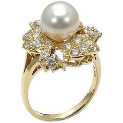 Mikimoto Cultured Pearl and Diamond Yellow Gold Fashion Ring