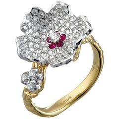 Moiseikin 18 Karat Gold Diamond Flower Ring
