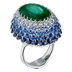 Moiseikin 18 Karat White Gold 9 Carat Emerald Cocktail Ring