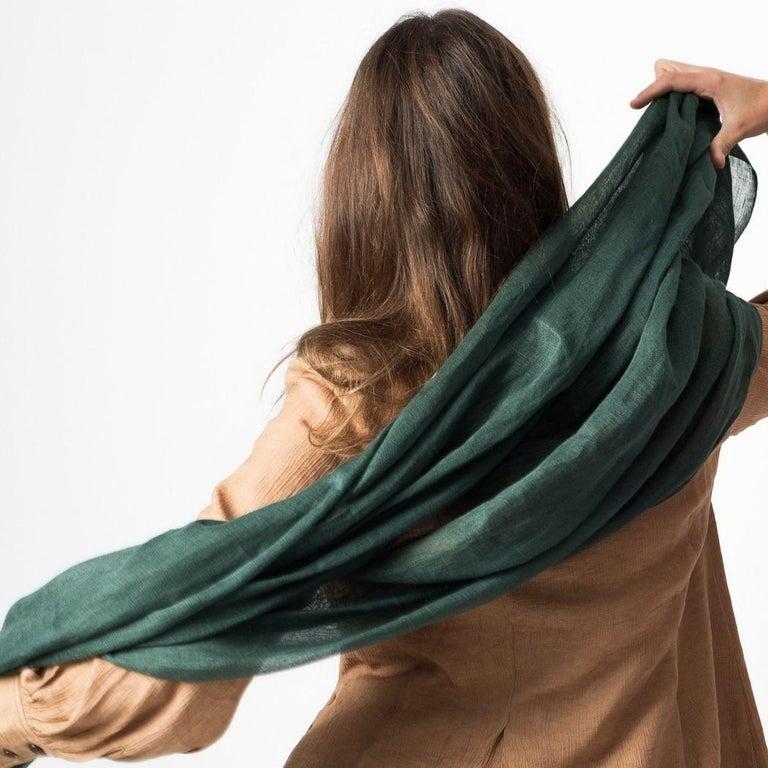Indian MOSS ( Dark Green )  Light Weight Linen Throw For Sale