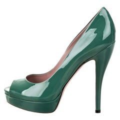 New Gucci Stunning Green Patent Leather Heels Pumps Sz 38