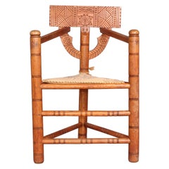 Nordic Wood Tripode Chair