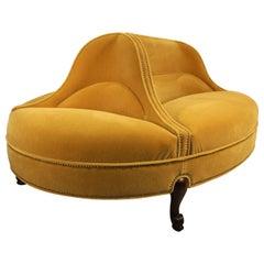 Oval 6-Seat Confident Sofa