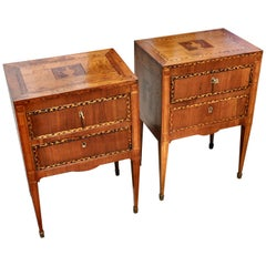 Pair of 18th Century Italian Neoclassical Small Commodes in Fruitwood
